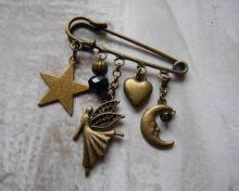 Des bijoux faits à la main pour un plaisir créatif